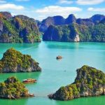 Vietnam: In navigazione fra le leggende di halong bay