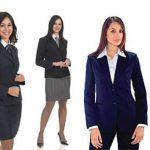 Acquistare online camici e abbigliamento per studenti