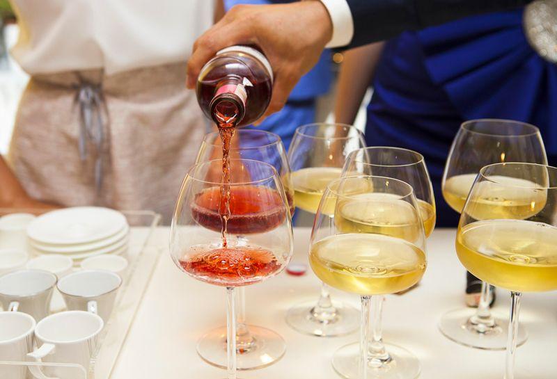 accostamenti-tipoligie-vino_800x545