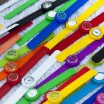 L'orologio in silicone, accessorio che colora le giornate