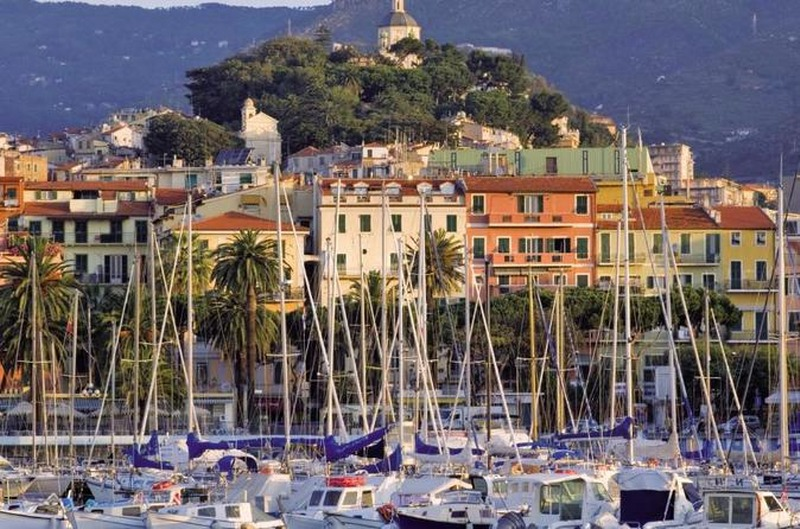 italian-markets-tour-in-san-remo-and-menton-from-nice-in-nice-526144_800x529