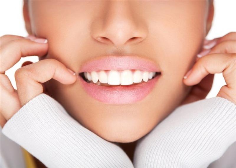 denti-bianchi-615-x-438_800x570